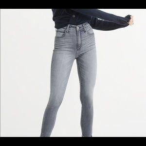 Abercrombie grey Simone high rise sculpt jeans